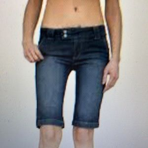Paige Bermuda Jean shorts sweetzer 24 NEW